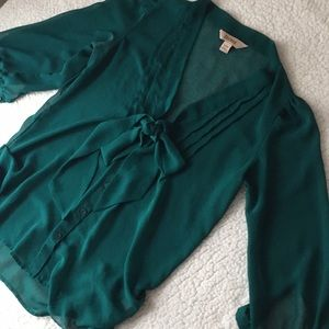 🆕 Decree Green Blouse
